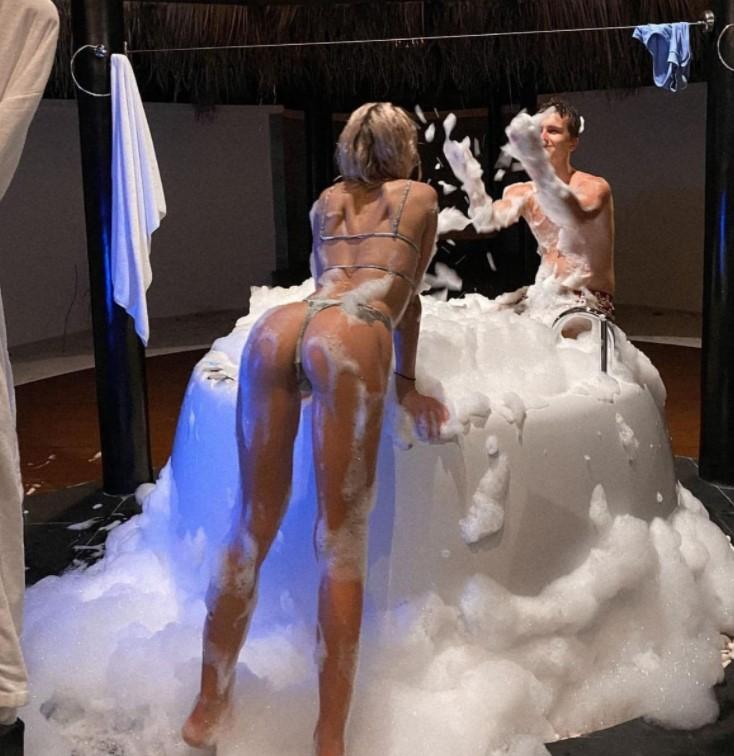 Диана Шурыгина слитые откровенные фото без цензуры (65 фото)